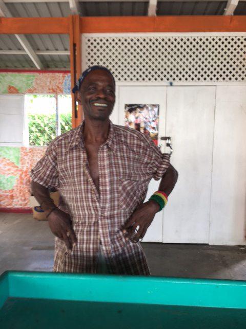 Grenada - Ian Roberts: Mangoes of the Island